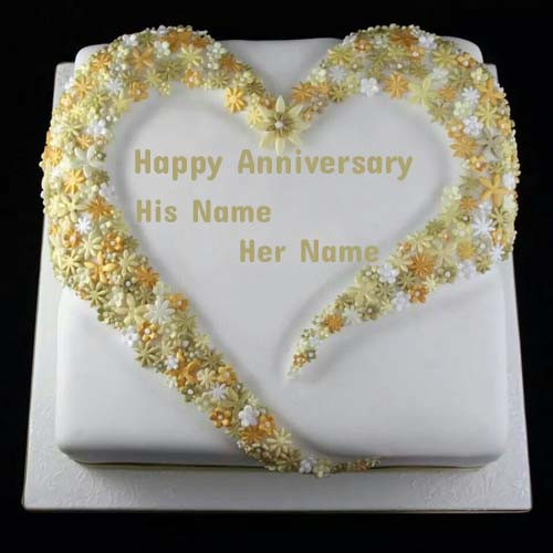 Write Name On Flower Decorated Anniversary Cake